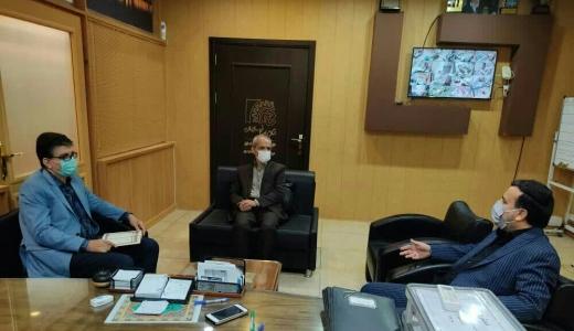 حضور رییس و عضو هيئت مدیره اتحادیه صنف فرش ماشینی در دفتر مدیر بازرسی و نظارت اصناف استان