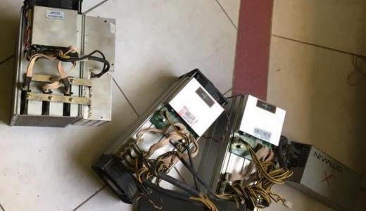 کشف دستگاه ماینر ودستگاه کارت گرافیک قاچاق